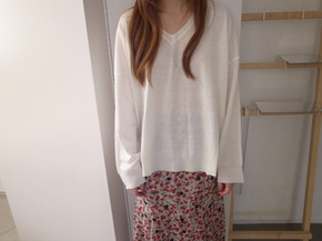 v simple knit top :  ivory