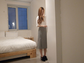 slit check skirt : black 입고지연